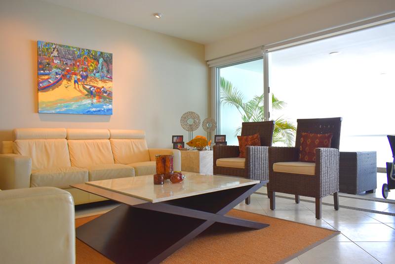 Sala Condominio con vista al Mar en Venta Villa Magna Nuevo Vallarta