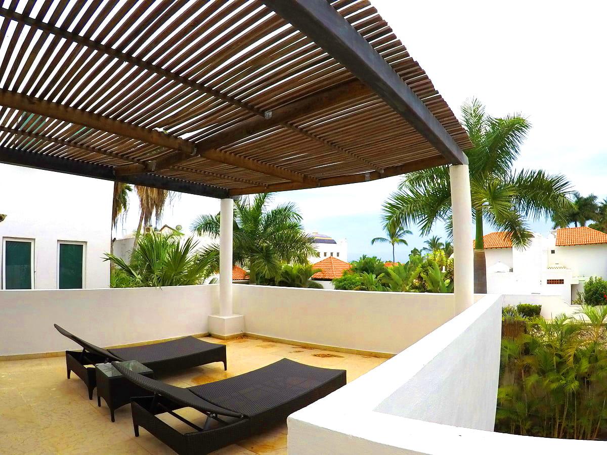 terraza Villa en venta Vallarta Gardens La Cruz de Huanacaxtle