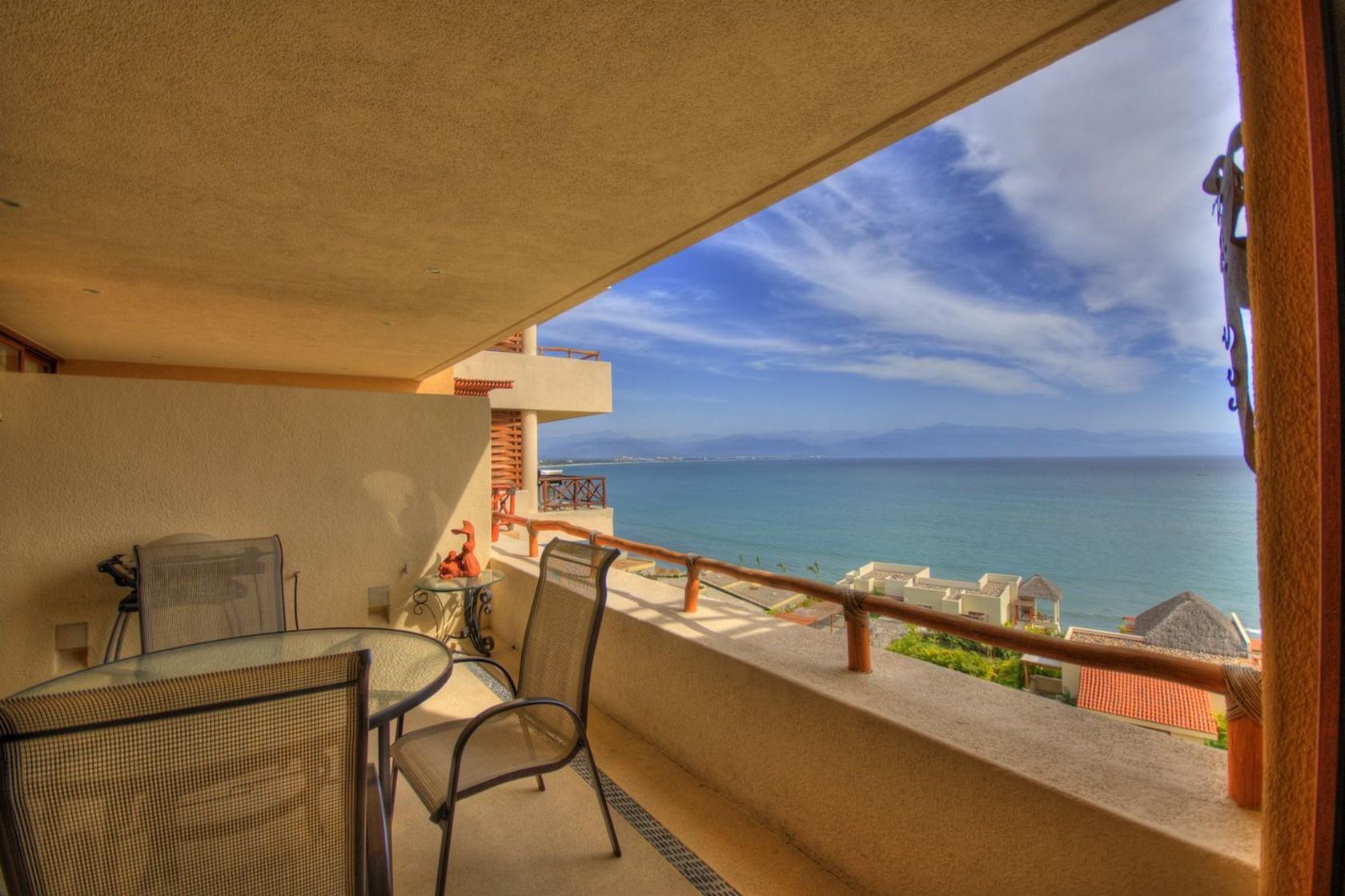 Terraza Departamento en venta Punta Esmeralda Resort La Cruz de Huanacaxtle