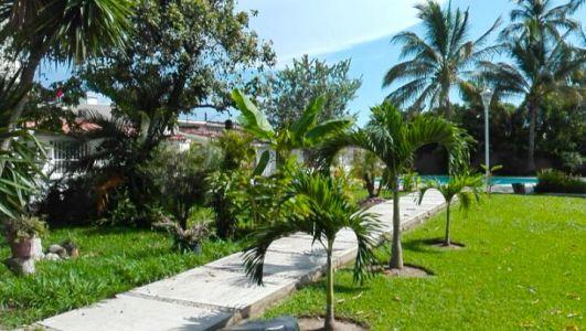 Gardens Two-Story House In Ixtapa Jalisco