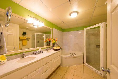 Master Bathrrom-Ocean Vista Residences Condominum Nuevo Vallarta