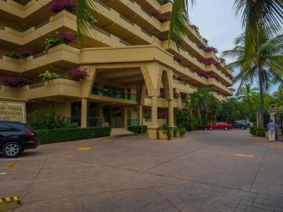 Acceso entrada Oceano Vista Residences Condominio Nuevo Vallarta