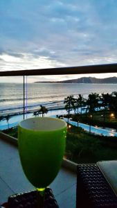 Atardecer con vistal mar Condominio Peninsula en Nuevo Vallarta Nayarit
