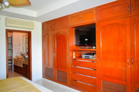 Closet Penthouse Green Bay, El Tigre, Nuevo Vallarta