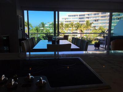 Comedor con vista al mar Condominio en Venta Península Nuevo Vallarta Nayarit México Desarrollo Habitacional