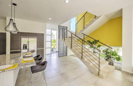 Ingreso segundo piso Conjunto Residencial Real Nuevo Vallarta Nayarit México