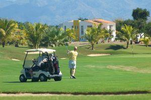 Jugando Golf en Nuevo Vallarta