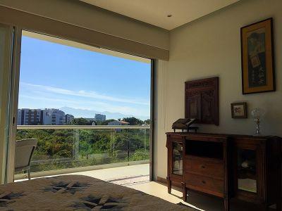 Recámara con balcán Condominio en Venta Península Nuevo Vallarta Nayarit México Desarrollo Habitacional