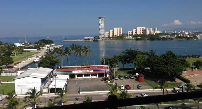 Vista balcon condominio Deck12 en Puerto-vallarta