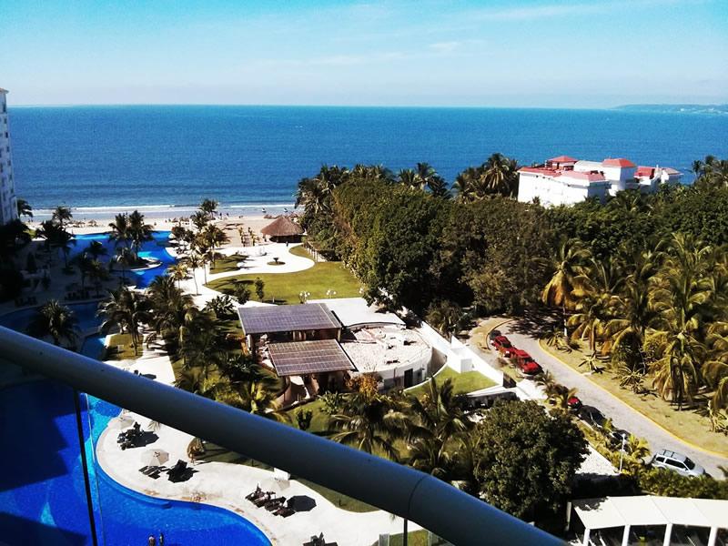 Vista balcón Condominio Villa Magna Nuevo Vallarta con Estudio Penthouse