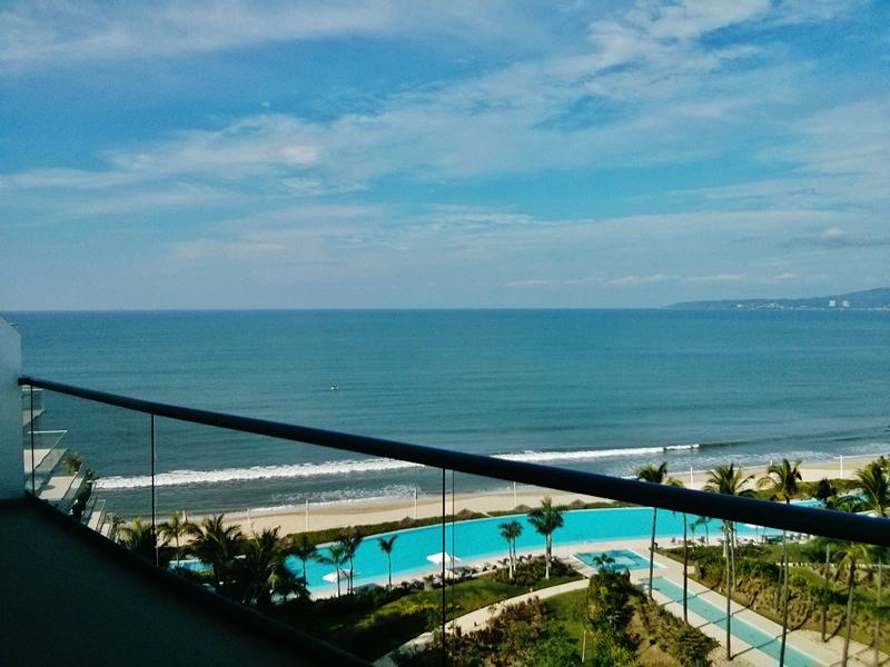 Vista balcón Penthouse en Condominio Península Nuevo Vallarta