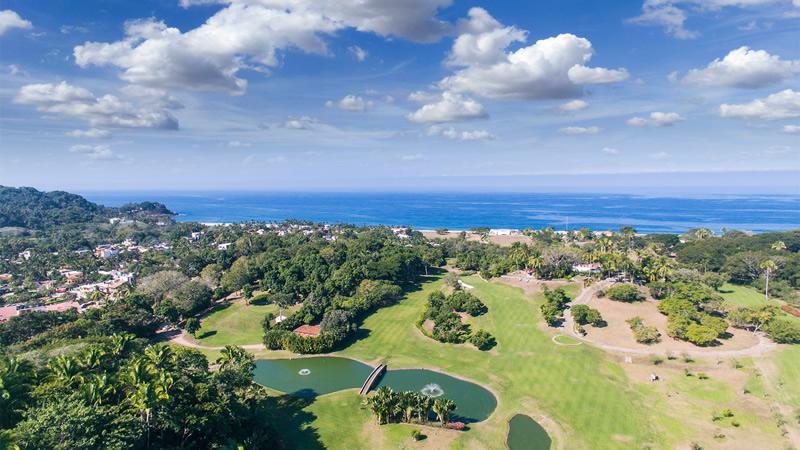 Vista campo de Golf Condominio en venta Punta Paraíso San Pancho Riviera Nayarit