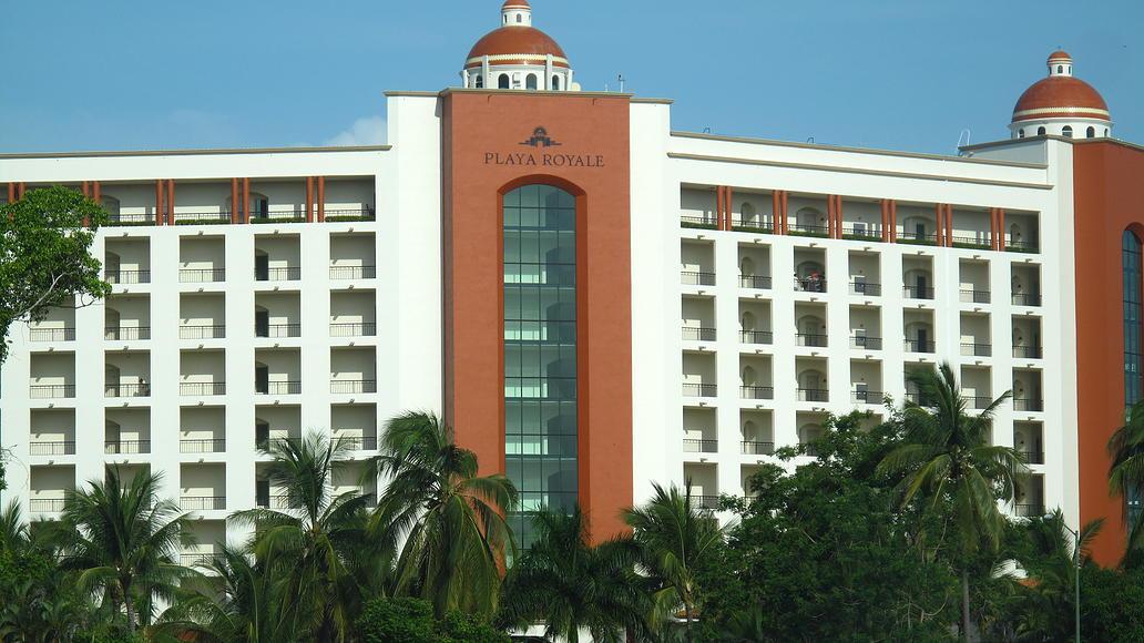 Vista edificio Desarrollo Playa Royale en Nuevo Vallarta