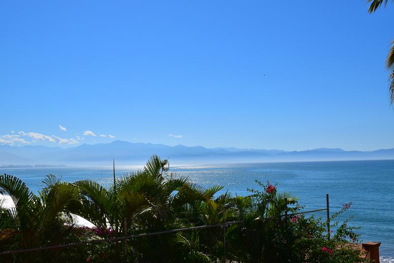 Vista al Mar Casa frente a la playa en venta Bucerías