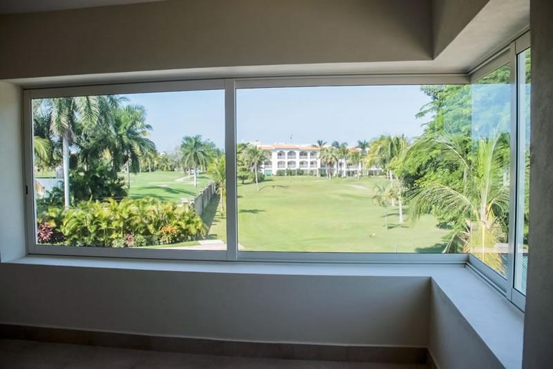 Vista ventanas Villa Jaguar en Paradise Village Golf y Country Club