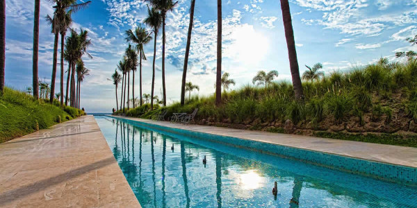 Alberca condominio Península Golf en Nuevo Vallarta